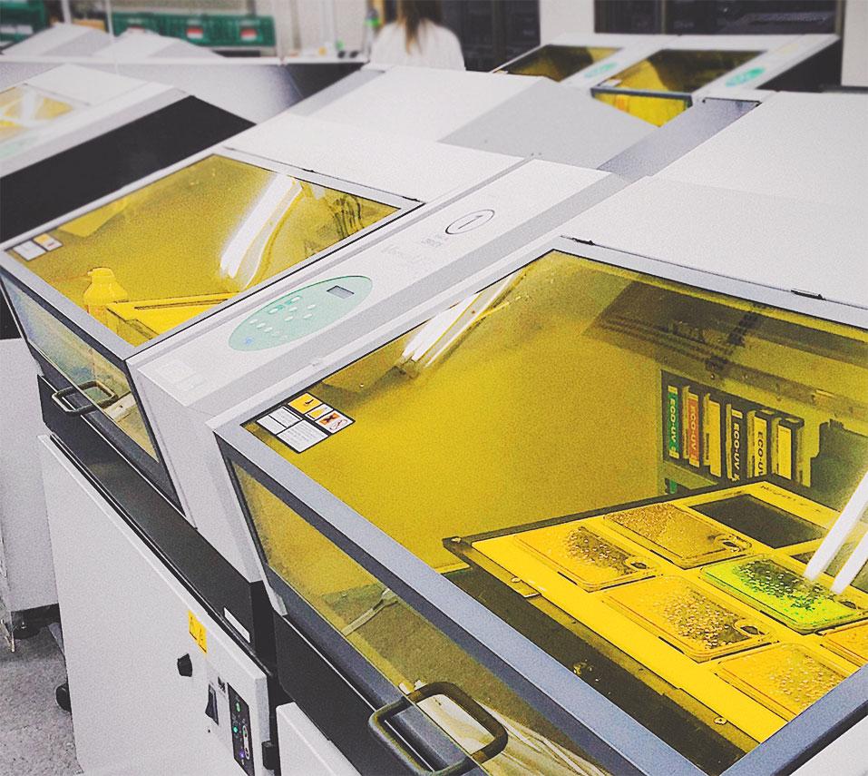 自社開発の印刷資材の卸販売
